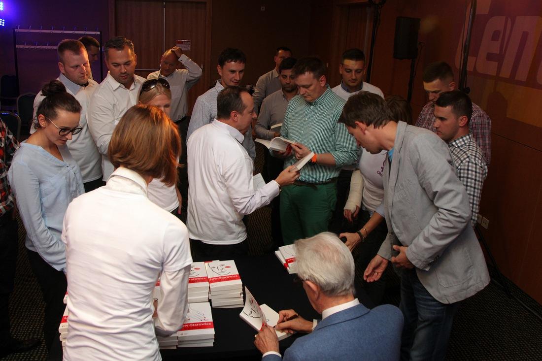 autografy dla uczestników szkolenia