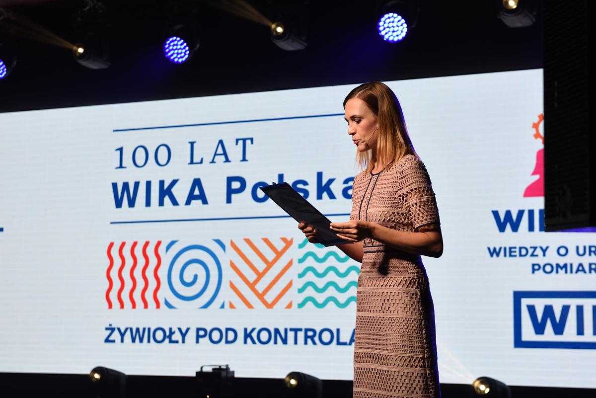prowadząca Paulina Chylewska